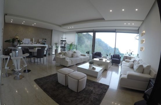 Decorated duplex for Sale in Mtayleb FC9149
