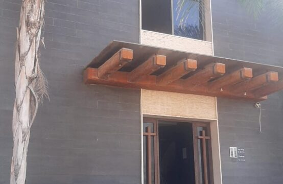 Building for Sale in Jbeil Blat (Suitable for dorms) FC9251