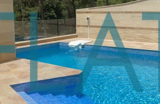 Beautiful Villa for Sale in Daher el souwan FC9277