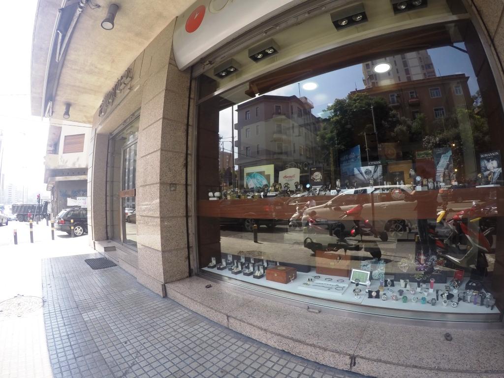Shop for rent in Achrafyeh FC9054