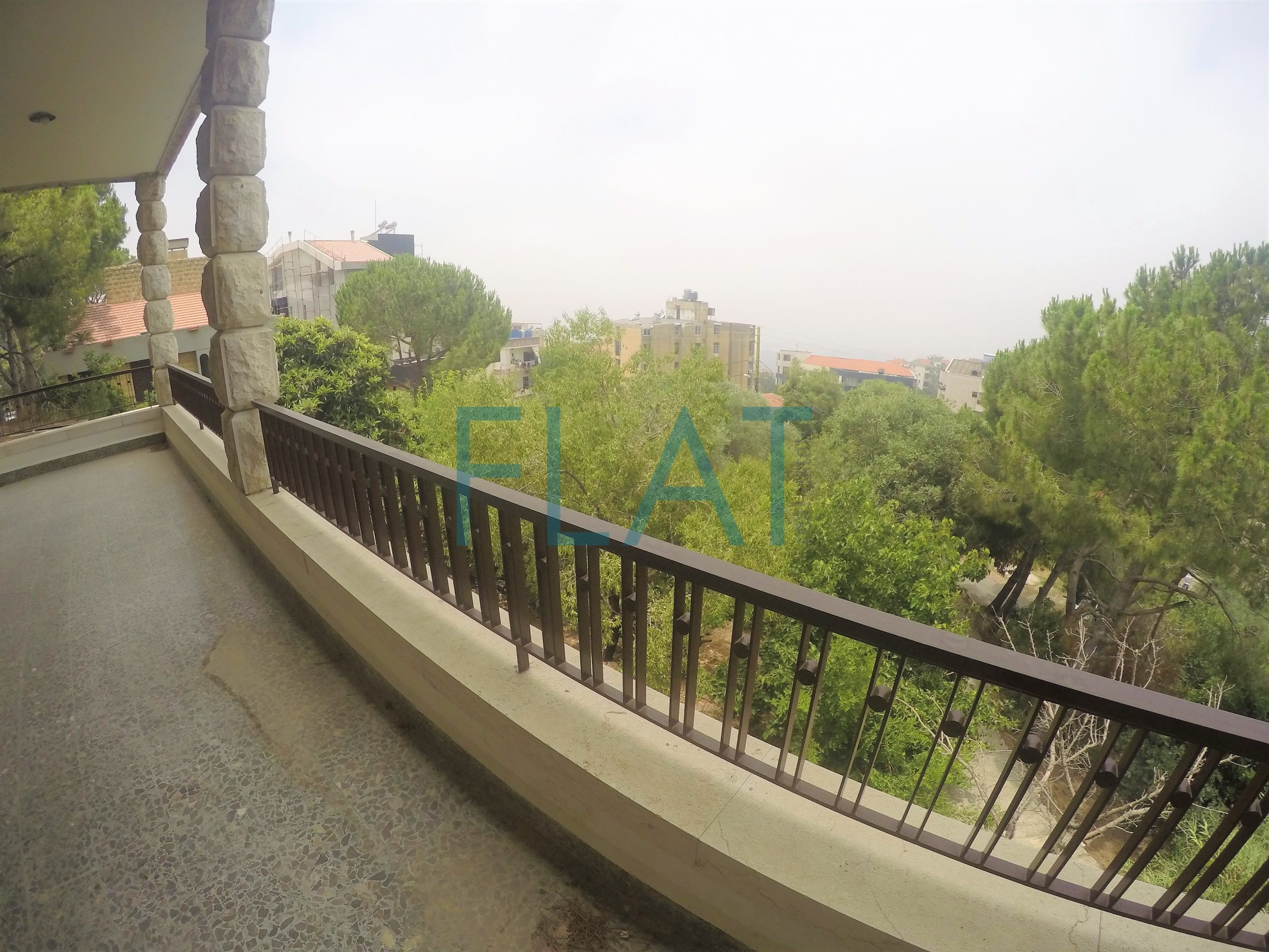 Old house for rent in Beit El Kiko FC9208